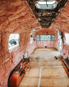 Vintage Airstream Glamping Campers - One Vintage Trailers For Sale, Airstream Trailers For Sale, Airstream Campers, Airstream Interior, Trailer Interior, Vintage Travel Trailers, Remodeled Campers, Vintage Campers, Camper Trailers