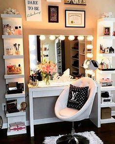 23 Must-Have Makeup Vanity Ideas: #3. DESIGNER MAKEUP VANITY; #makeup; #vanity; #tables