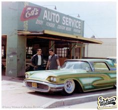 Another 1959 T-Bird panel paint job that Larry Watson did was this multi tone green one for George Teixeira. This snapshot show George his car sitting in front of the old Ed Schelhaas shop on Artesia Blvd.