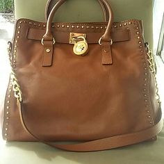 Michael Kors large Hamilton style satchel bag Vary thick luxurious leather, one zip closer and 4 pouches, used few times,magnetic closure, shoulder bag also,golden hard wear and studded around edges,golden tone chain Michael Kors Bags