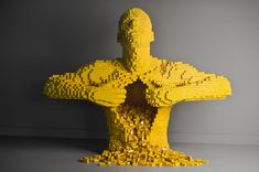 The Art of the Brick Exhibition at OMSI in Portland - http://livingthebendlife.com/art-of-the-brick/