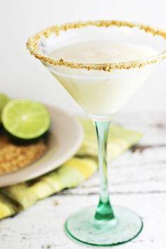 Coconut-Key Lime Pie Martini ounces coconut rum ounces vanilla vodka ¾ ounce key lime juice ½ ounce pineapple juice 2 tablespoons cream of coconut Key Lime Desserts, Lemon Desserts, Martini Recipes, Cocktail Recipes, Summer Drinks, Cocktail Drinks, Cocktail Ideas, Easy Cocktails, Holiday Drinks