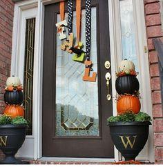 Adorable front door decorations