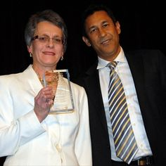 Brad Gabriel presented the LitSupport Advocate Award to the inspirational Marie Jepson at the 2012 Lawyers Weekly Law Awards