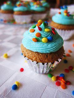 Mini Vanilla Almond New Years Cupcakes