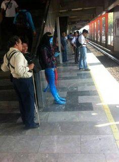 También puedes encontrar seres fantásticos en el Metro - Tenemos toda clase de seres