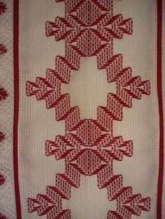 remember we did this in the grade? The whole class learned. Swedish Embroidery, Embroidery Shop, Embroidery Stitches, Hand Embroidery, Cat Cross Stitches, Cross Stitch Patterns, Broderie Bargello, Huck Towels, Swedish Weaving Patterns