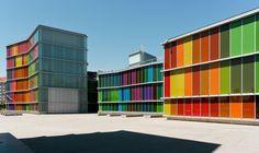 MUSAC Museo de Arte Contemporaneo de León, Mansilla y Tuñon