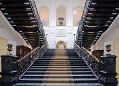 Ажурная чугунная лестница, отлитая на местном заводе А.В. Чирихиной #MuseumStairs