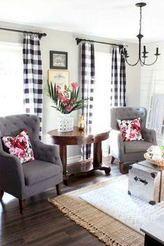 Adorable 60 Modern Farmhouse Living Room Decor Ideas https://homeastern.com/2018/02/01/60-modern-farmhouse-living-room-decor-ideas/