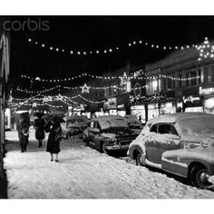 1940s 1950s winter city street scene with pedestrians in snow... ❤ liked on Polyvore featuring backgrounds, pictures, photos, pics and cities
