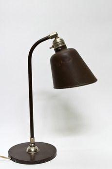 Jaren 30 Bureaulamp, bruin, strakke vormgeving, ronde voet.