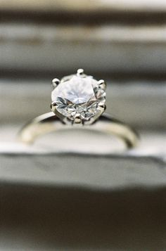 stunning classic 6 prong ring