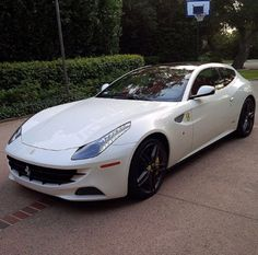 Ferrari FF Car Manufacturers, Formula One, Race Cars, Ferrari, Racing, Vehicles, Ram Cars, Auto Racing, Rolling Stock