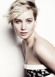 jennifer lawrence marie claire1 Jennifer Lawrence Tells Marie Claire Her 2nd Oscars Fall Wasnt Fake