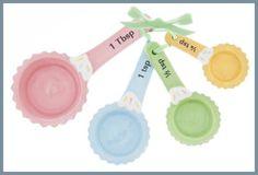 Ceramic Measuring Spoons by Ganz - 4 Piece Set - Cupcakes for sale online Small Kitchen Appliances, Kitchen Items, Kitchen Tools, Kitchen Gadgets, Kitchen Stuff, Kitchen Dining, Cupcakes For Sale, Cupcake Cookie Jar, Pastel Kitchen