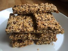 Superenkle glutenfrie knekkebrød - Vibekesliv Crisp Bread, Norwegian Food, Allergies, Baked Goods, Vegan Recipes, Food And Drink, Snacks, Baking, Desserts