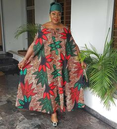 The complete pictures of latest ankara long gown styles of 2018 you've been searching for. These long ankara gown styles of 2018 are beautiful African Dresses For Women, African Print Dresses, African Print Fashion, Africa Fashion, African Attire, African Wear, African Fashion Dresses, Modern African Dresses, African Print Dress Designs