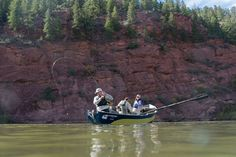 BLOG: Fly Fishing Advantages of Rafts vs. Drift Boats