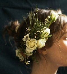 Bride's messy bun with rose flower crown bridal hair ideas Toni Kami ⊱✿Flowers in her hair✿⊰ Country winter wedding