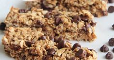 the baker upstairs: chocolate chip cookie granola bars