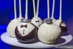 Wedding rings topping the bride & groom cake pops at the McClanahan & Elliott wedding | Photo credit Richard Bell Photography #weddingcupcakes  #cupcakedownsouth