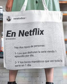 Amm, puede que sea los dos😅😉 Funny Images, Funny Pictures, Pinterest Memes, Spanish Memes, Reaction Pictures, Wtf Funny, Best Memes, Netflix, Jokes