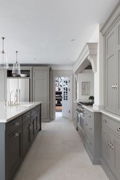 Home Renovation Kitchen Contemporary Kitchen Project - Humphrey Munson - Open Plan Kitchen Design - Open Plan Kitchen Living Room, Home Decor Kitchen, New Kitchen, Home Kitchens, Kitchen Cupboard, Kitchen Ideas, Open Plan Kitchen Diner, Shaker Kitchen, Awesome Kitchen