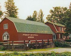 Norman Rockwell Museum presents the world's largest collection of original Norman Rockwell art as the best of American illustration. Norman Rockwell Art, East Coast Road Trip, New England Fall, American Illustration, Old Barns, Illustrations, Adventure Is Out There, American Artists, Travel Usa