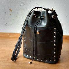 It's not really the Natalia - it's a new bucket bag that's based on the Ade Backpack: easy to wear, easy to use with drawstring and extra big pockets inside and out. Fresh off the press - I'll be making more!