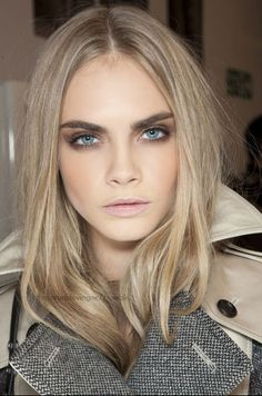 thecaradelevingne: backstage at Burberry A/W there goes my self esteem