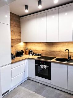 50 Creative Modern Kitchen Cabinet Design Ideas For Large Space Storage – Small Kitchen Ideas Storages Kitchen Room Design, Kitchen Cabinet Design, Modern Kitchen Design, Home Decor Kitchen, Interior Design Kitchen, Home Kitchens, Kitchen Layout, Kitchen Designs, Interior Modern