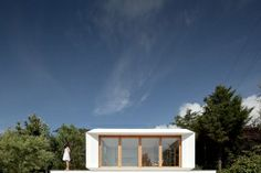 O modelo de pré-fabricado da MIMA House é inspirado nas casas japonesas. 36 metros quadrados por 41000 euros.