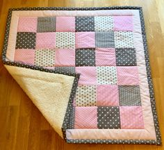 Quilts, Blanket, Bed, Home, Ideas, Gifts, Comforters, Blankets, Stream Bed