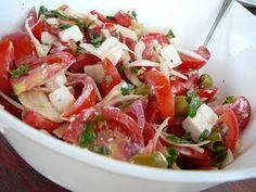 Görögös paradicsom saláta recept Top Recipes, Veggie Recipes, Salad Recipes, Cooking Recipes, Healthy Recipes, European Cuisine, Hungarian Recipes, No Cook Meals, Food And Drink