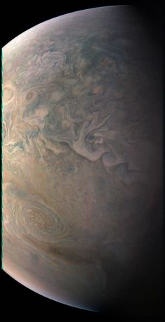 A BIG view of the Little Red Spot. @NASAJuno spacecraft snapped this shot of Jupiter's swirling atmosphere on 12/11: http://go.nasa.gov/2jT2lfB