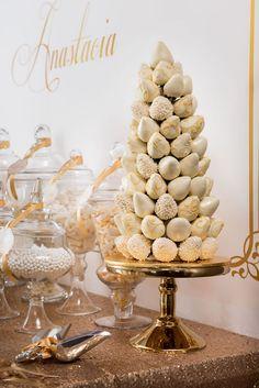 Elegant Gold + White Baptism Party via Kara's Party Ideas KarasPartyIdeas.com #goldandwhitebaptismdesserttable (11)