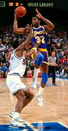 Basketball Legends, Nba Basketball, Durant Nba, Kevin Durant, Norm Nixon, Nba Standings, Kobe Bryant Lebron James, Showtime Lakers, Nba Schedule