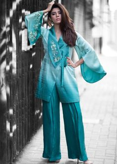 How To Iron Clothes, Eid Collection, Silk Pants, Hijab Fashion, Sleeve Styles, Casual Wear, Shirt Style, Cool Style, How To Wear