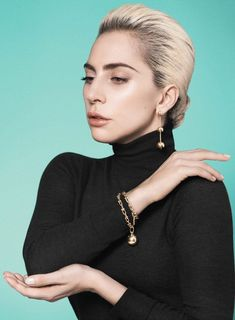 Lady Gaga is the Face of Tiffany & Co. HardWear Spring 2017 Collection – Jenn Bader Lady Gaga is the Face of Tiffany & Co. HardWear Spring 2017 Collection Lady Gaga is the Face of Tiffany & Co. Fotos Lady Gaga, Rihanna, Pretty People, Beautiful People, Lady Gaga Pictures, David Sims, The Face, A Star Is Born, Jewelry Model