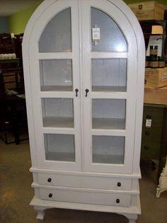 Nadeau- linen closet?