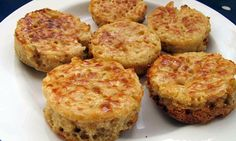Perfect crumpets by Felicity Cloake. Breakfast Snacks, Vegetarian Breakfast, Savory Breakfast, Breakfast Recipes, Breakfast Ideas, Vegetarian Recipes, Homemade Crumpets, Crumpet Recipe, Cooking Stores