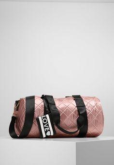 a2056fc7b ¡Consigue este tipo de bolsas de deporte de ALDO ahora! Haz clic para ver ·  Bolsos DeportivosMochilas MujerBolso ...