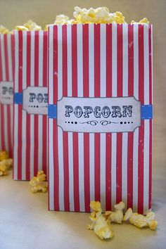 Vintage Circus Kids Party Popcorn Bag DIY PRINTABLE by Sassaby