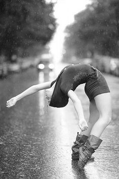fun in the rain, motion, imperfection | playful outdoor #yoga