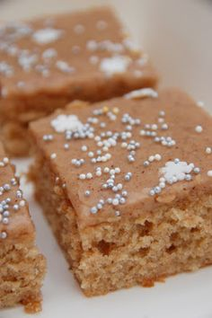 Baking Recipes, Dessert Recipes, Finnish Recipes, Cake Bars, Cheat Meal, Food Inspiration, Sweet Recipes, Delicious Desserts, Sweet Tooth