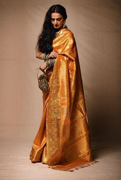 Ge the celebrity look- Rekha in Kanjeevaram saree.