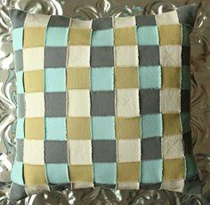 Weave technique featuring Crossroads Denim from Indygo Junction's Dimensional Denim book ($19.99)