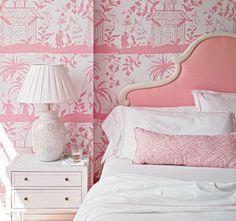 The Glam Pad: Meg Braff's Palm Beach Pied-à-Terre pink chinoiserie wallpaper headboard
