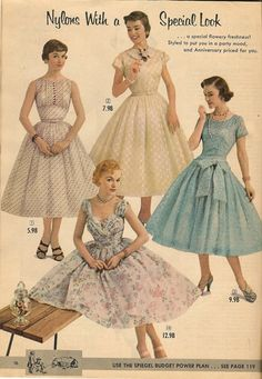 Dresses from the Spiegel Anniversary Sale catalog, summer Vintage Fashion 1950s, Fifties Fashion, Vintage Couture, Vintage Ladies, Old Fashion Dresses, 50s Dresses, Vintage Dresses, Vintage Outfits, Decades Fashion